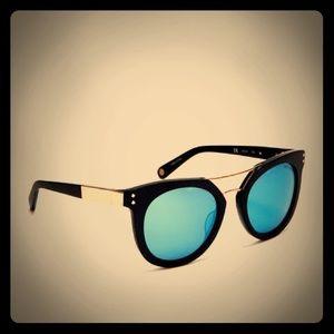 Limited Edition Sunglasses x Henri Bendel
